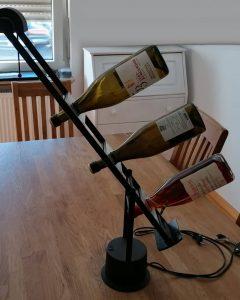 Die Upcycler_Schreibtischlampe mit Flaschenhalter_1_